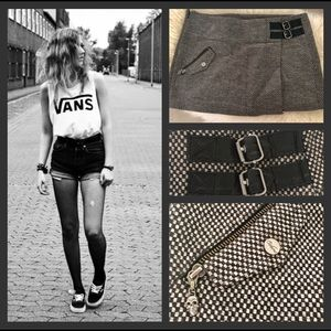 NEW Vans Checkered Mini Skirt with Skull Zippers